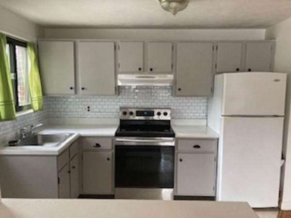 2 Winthrop Street #3, Watertown, MA 02472 (MLS #72889713) :: The Smart Home Buying Team