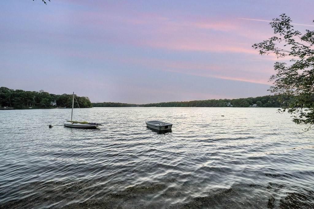 37 Lake Shore Dr - Photo 1