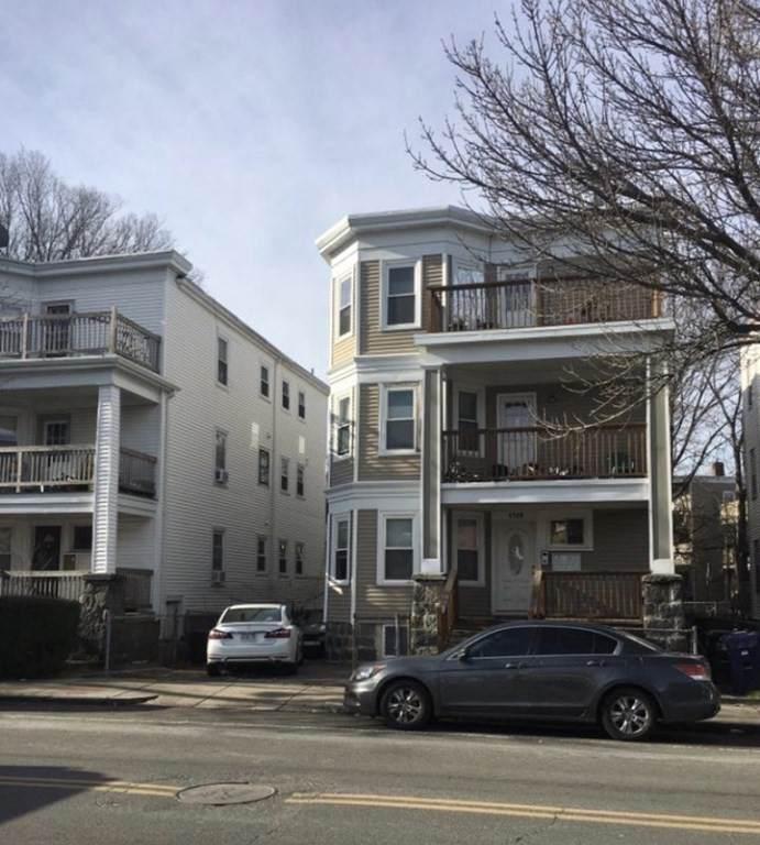 1745 Dorchester  Ave - Photo 1