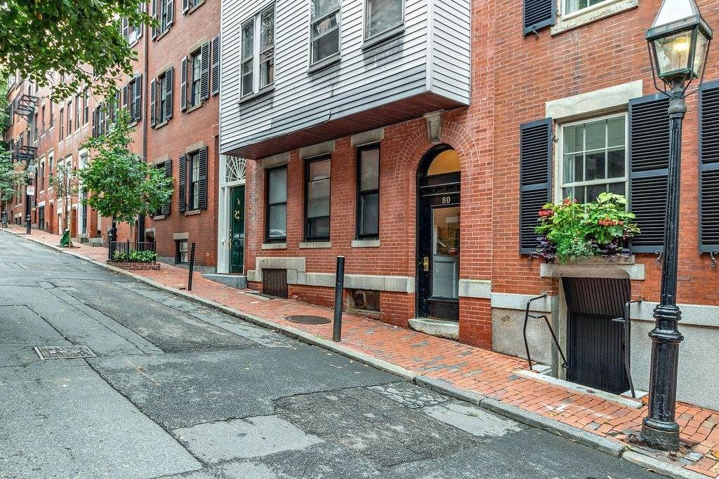 80 Revere Street - Photo 1