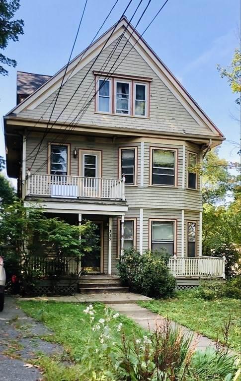 235 Fairmount Ave, Boston, MA 02136 (MLS #72892417) :: Alex Parmenidez Group
