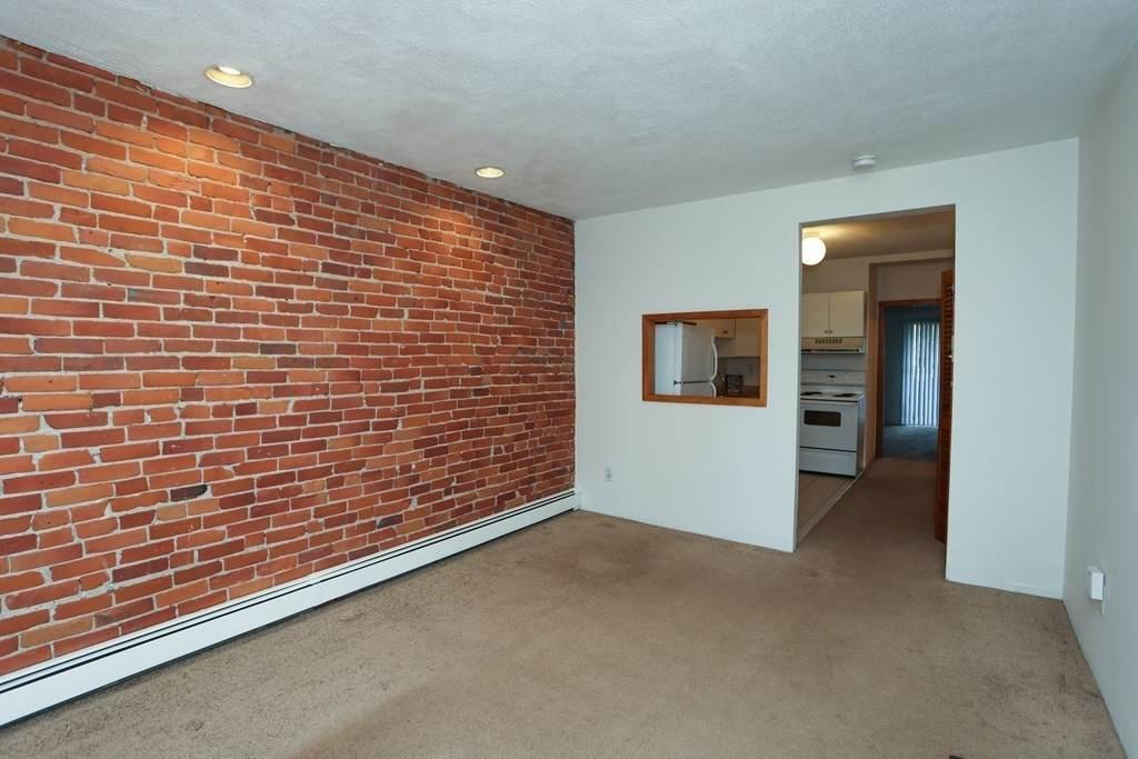 139 Erie Street - Photo 1
