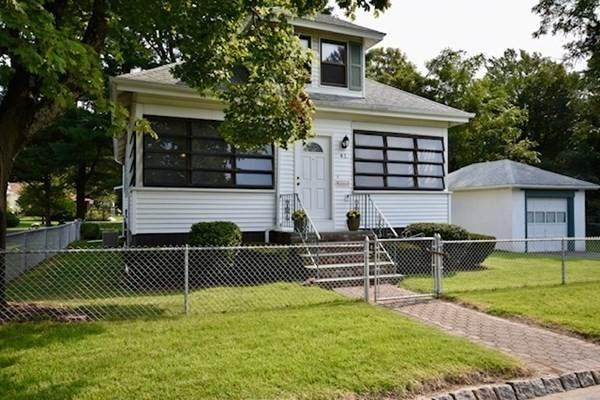 41 Castle Ave, Fairhaven, MA 02719 (MLS #72893982) :: RE/MAX Vantage
