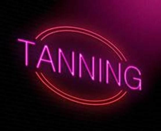 00 Tanning Salon - Photo 1