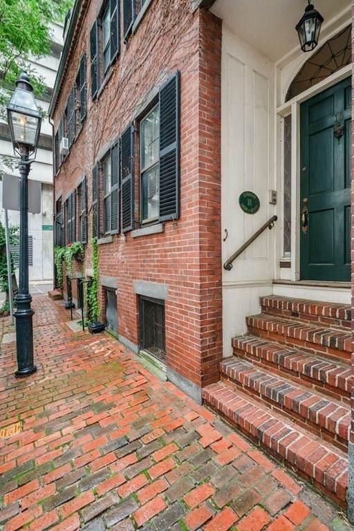 18 Shawmut St, Boston, MA 02116 (MLS #72896912) :: RE/MAX Vantage
