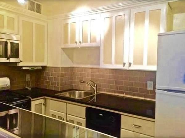 27 Bowdoin St 4A, Boston, MA 02114 (MLS #72897043) :: Kinlin Grover Real Estate