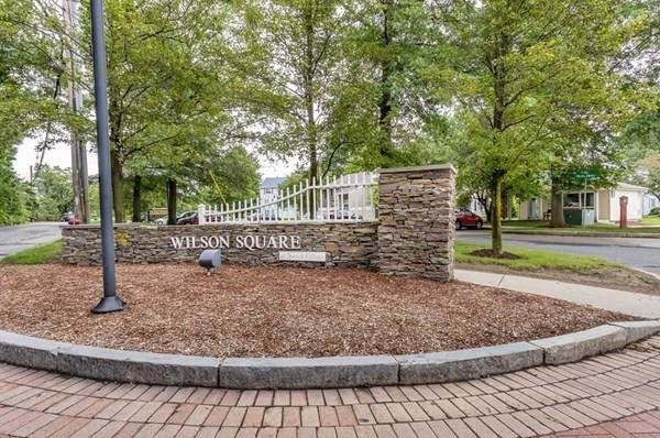14 Village Green Ln #7, Natick, MA 01760 (MLS #72897180) :: Westcott Properties