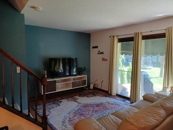 35 Beekman Dr #35, Agawam, MA 01001 (MLS #72898034) :: Dot Collection at Access