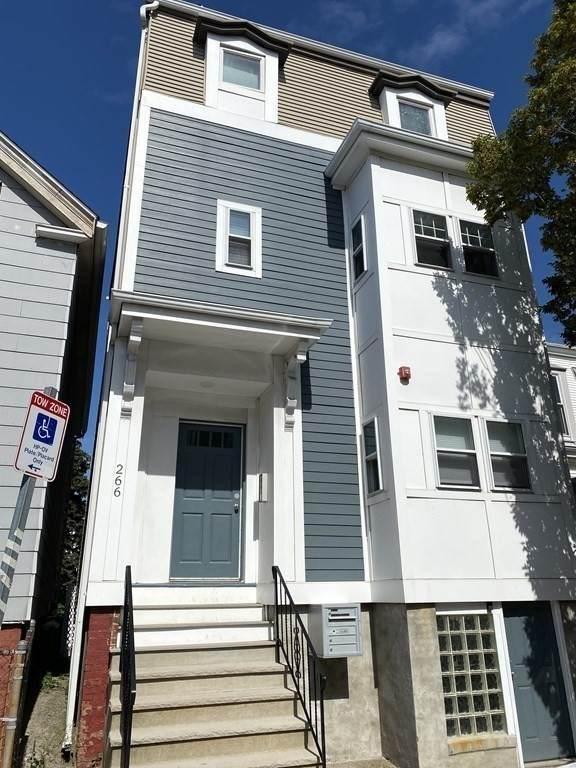 266 Lexington St - Photo 1