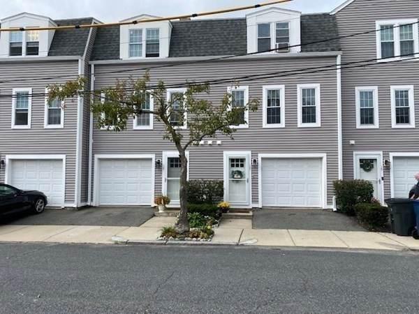 17 Stock St #17, Boston, MA 02122 (MLS #72899423) :: Cape Cod and Islands Beach Properties