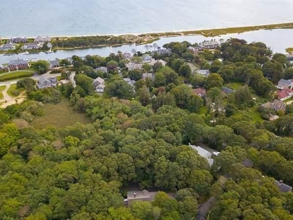 76 Bay Lane, Barnstable, MA 02632 (MLS #72899820) :: Home And Key Real Estate