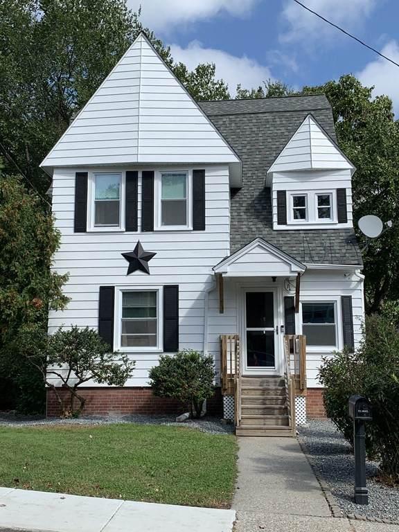 14 Pine St, Northbridge, MA 01588 (MLS #72900213) :: Welchman Real Estate Group