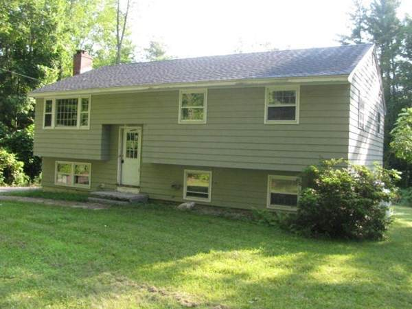111 Lawrence St, Pepperell, MA 01463 (MLS #72900450) :: Boylston Realty Group