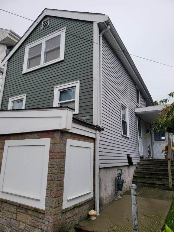 379 - 381 Robeson St, Fall River, MA 02720 (MLS #72900475) :: Revolution Realty