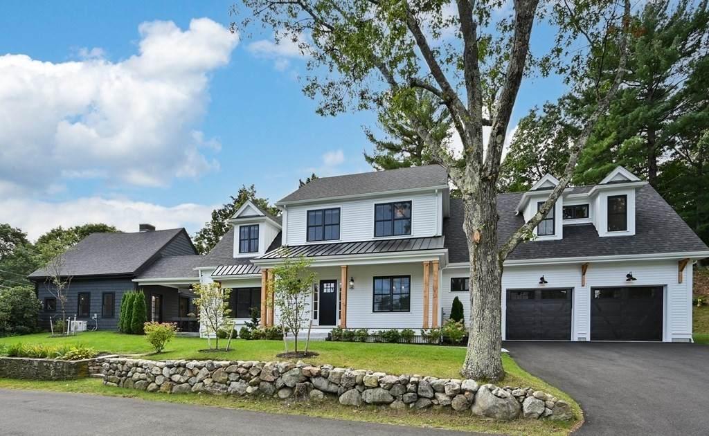 67 Cottage St - Photo 1