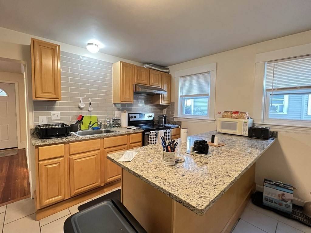 135 Independence Ave - Photo 1