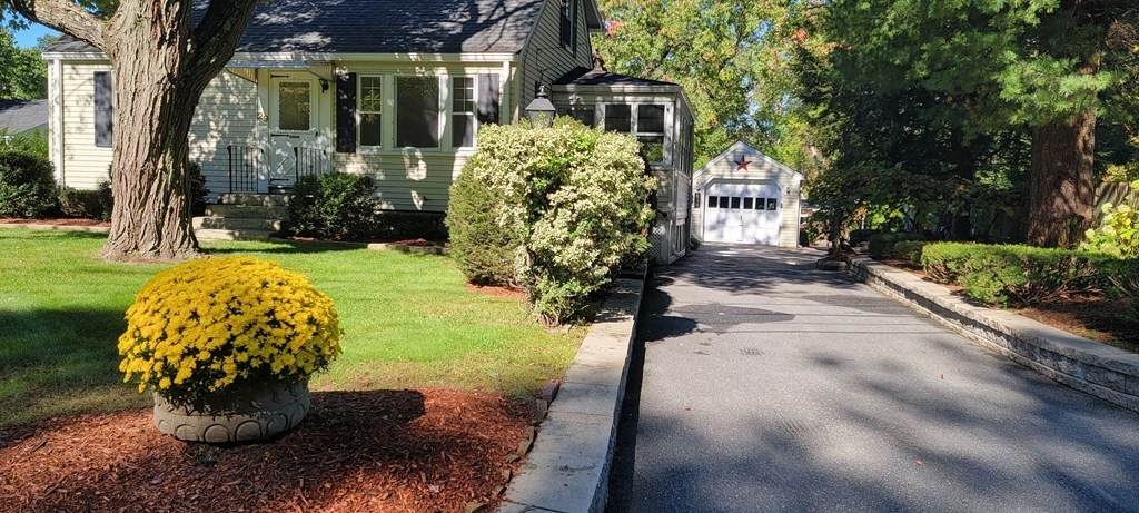 29 Hartwell Rd - Photo 1