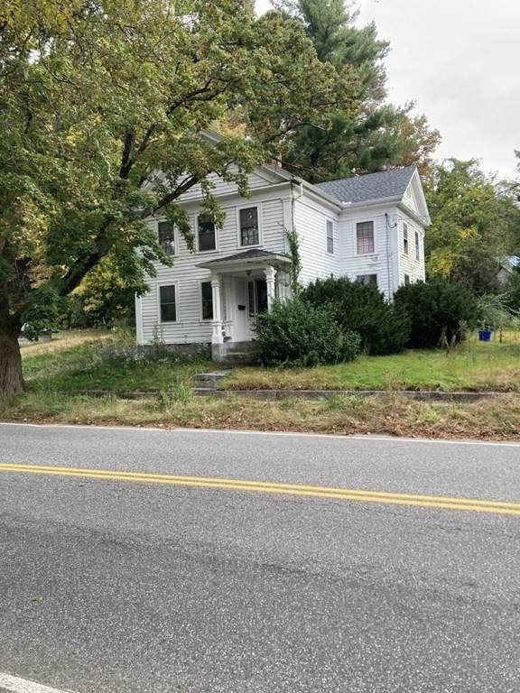 4026 Pleasant, Palmer, MA 01079 (MLS #72906088) :: The Smart Home Buying Team