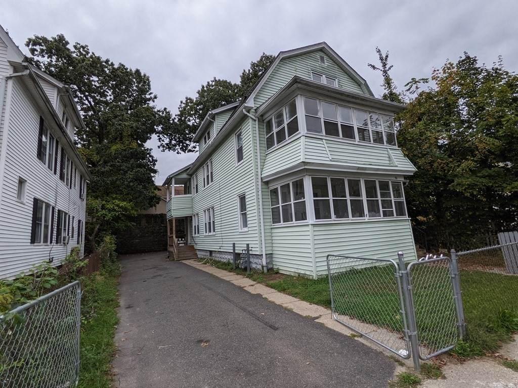 88-90 Groveland St - Photo 1