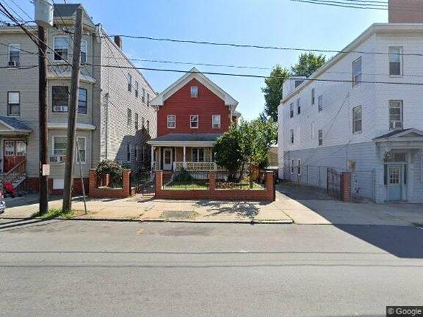 865 Broadway, Chelsea, MA 02150 (MLS #72906353) :: DNA Realty Group