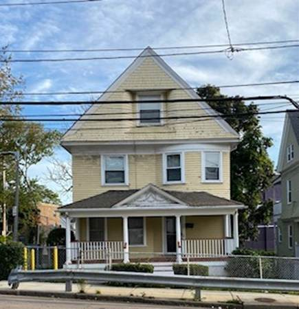 192 Harvard Street - Photo 1