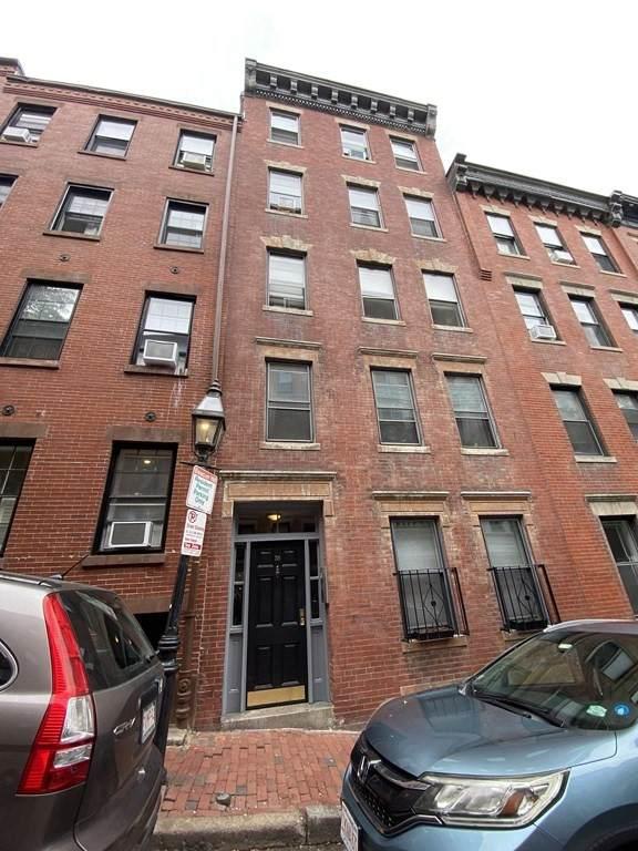 35 Grove St, Boston, MA 02114 (MLS #72909209) :: Boylston Realty Group