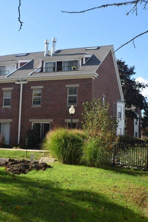 152 Quincy Shore Drive #14, Quincy, MA 02171 (MLS #72909910) :: Rose Homes | LAER Realty Partners
