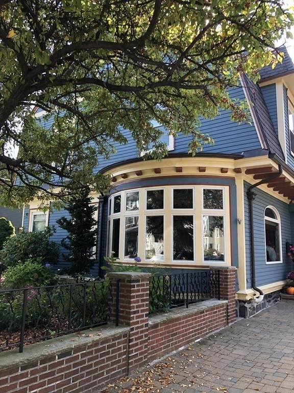 10 Summit Ave #6, Somerville, MA 02143 (MLS #72909914) :: Rose Homes | LAER Realty Partners