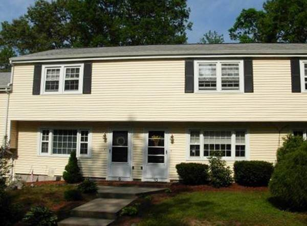 156 E Bacon St #8, Plainville, MA 02762 (MLS #72909932) :: The Smart Home Buying Team