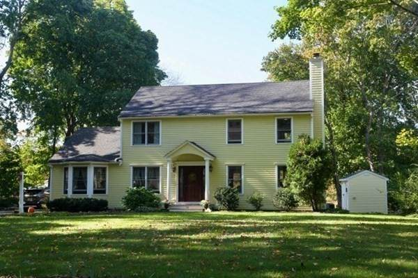 14 Poquanticut Ave, Easton, MA 02356 (MLS #72909947) :: Welchman Real Estate Group