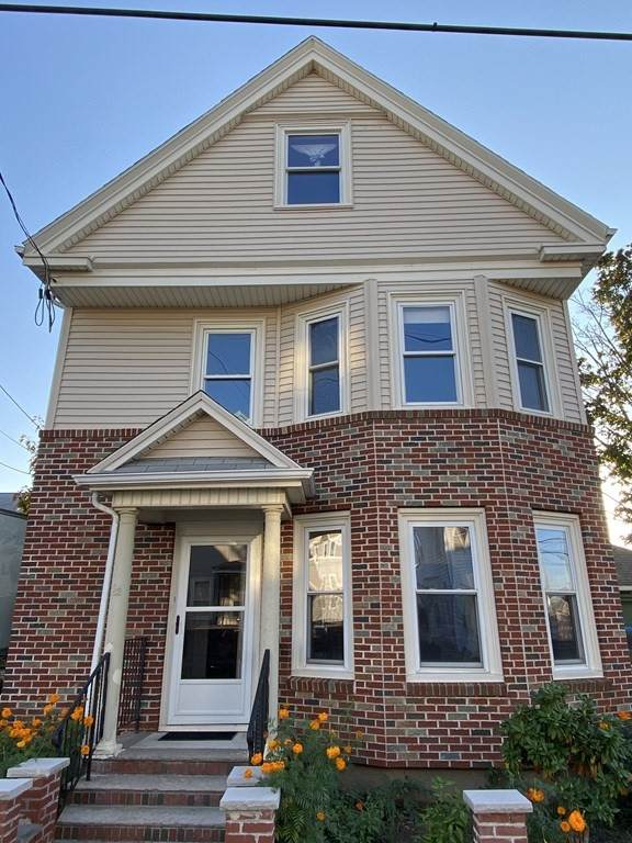 12 Greenhalge Ave, Everett, MA 02149 (MLS #72909950) :: Welchman Real Estate Group