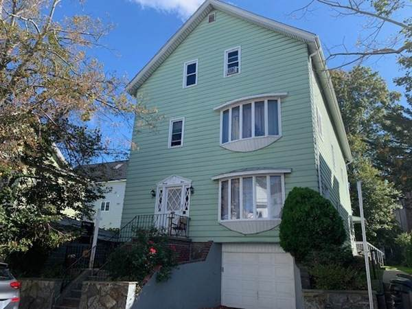 24 Forest St, Fall River, MA 02721 (MLS #72909973) :: Welchman Real Estate Group