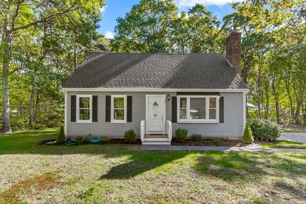 22 Nauset St, Sandwich, MA 02563 (MLS #72910028) :: The Smart Home Buying Team
