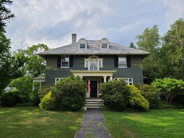 35 West Main St, West Brookfield, MA 01585 (MLS #72910085) :: Zack Harwood Real Estate | Berkshire Hathaway HomeServices Warren Residential