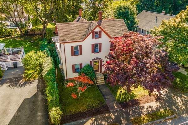 61 Tappan St, Melrose, MA 02176 (MLS #72910382) :: The Smart Home Buying Team
