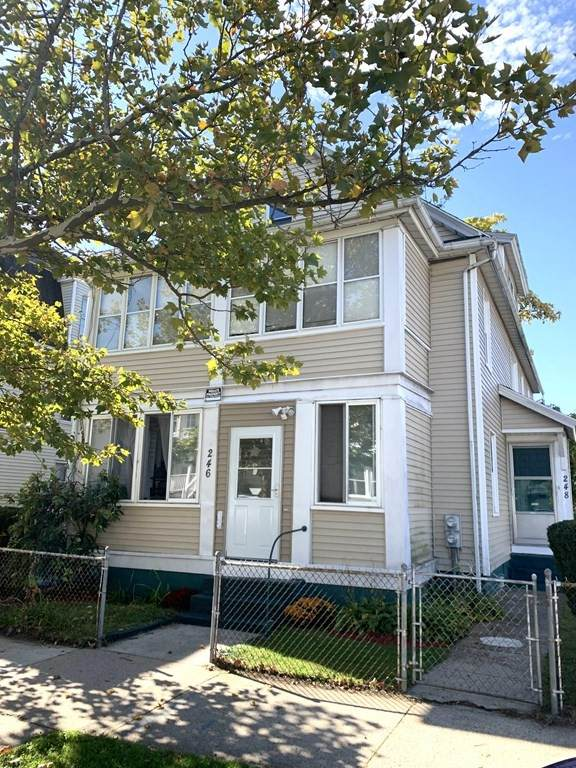 246-248 College St, Springfield, MA 01109 (MLS #72912213) :: NRG Real Estate Services, Inc.