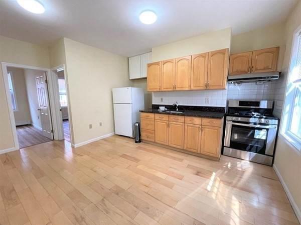 8 Johnny Ct #1, Boston, MA 02111 (MLS #72912307) :: Westcott Properties