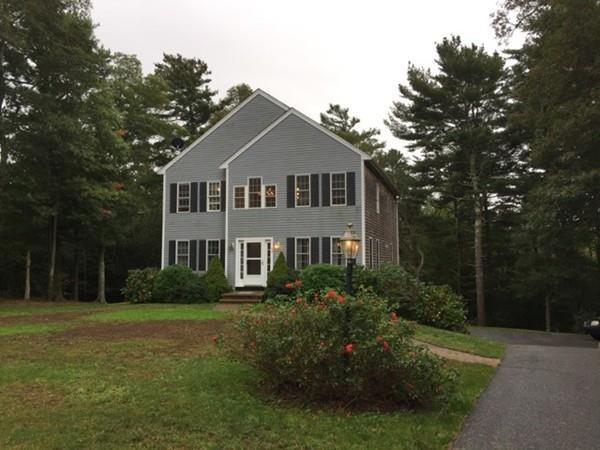 33 Anchor Drive, Sandwich, MA 02344 (MLS #72216332) :: Lauren Holleran & Team