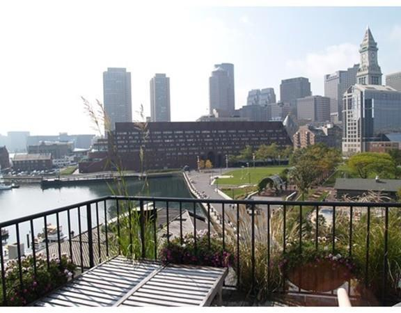 33 Commercial Wharf #51, Boston, MA 02110 (MLS #72227788) :: Goodrich Residential