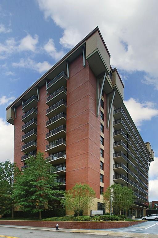60 Longwood Avenue #408, Brookline, MA 02446 (MLS #72230989) :: Vanguard Realty