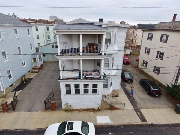 306 Harrison St, Fall River, MA 02723 (MLS #72260350) :: Welchman Real Estate Group | Keller Williams Luxury International Division