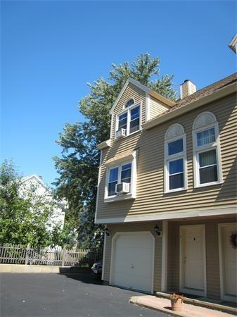 96 North St #7, Somerville, MA 02144 (MLS #72271848) :: Vanguard Realty