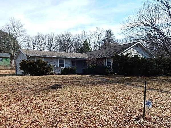 1 Linda Lane, Montague, MA 01376 (MLS #72273367) :: Welchman Real Estate Group | Keller Williams Luxury International Division