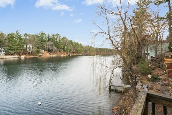 10 Pine Point Rd, Stow, MA 01775 (MLS #72288866) :: The Home Negotiators