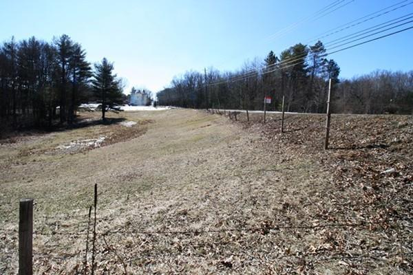 1-A Montgomery Rd, Westfield, MA 01085 (MLS #72295133) :: NRG Real Estate Services, Inc.