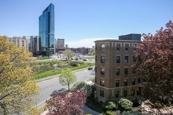 122 The Riverway #18, Boston, MA 02215 (MLS #72324449) :: Charlesgate Realty Group