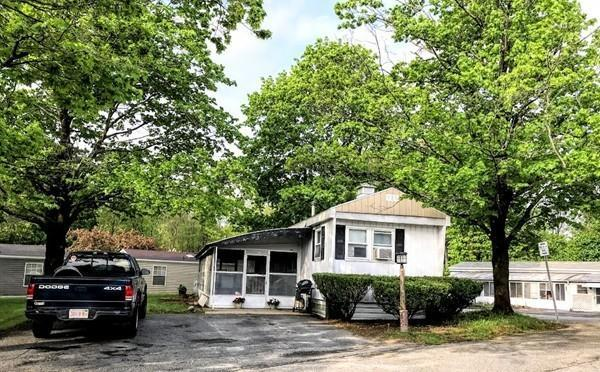 1237 Central St #7, Leominster, MA 01453 (MLS #72328407) :: The Home Negotiators