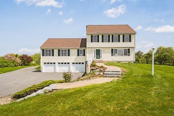61 Moffett St., Lancaster, MA 01523 (MLS #72330018) :: The Home Negotiators