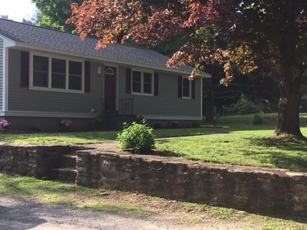 32 Hough Rd, Sutton, MA 01590 (MLS #72332736) :: Hergenrother Realty Group