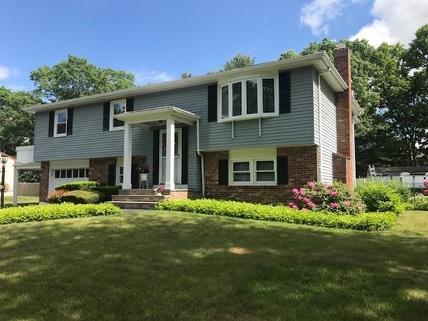 108 Birchwood Dr, Taunton, MA 02718 (MLS #72335528) :: Westcott Properties